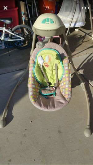 BABY SWING for Sale in Laveen Village, AZ