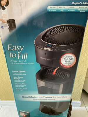 Honeywell Removable Top Fill Tower Humidifier for Sale in Princeton, FL