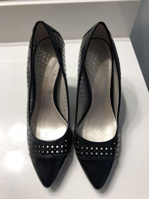 9549dbcb4b67e Christian Soriano for Payless - Black Patent Heel with Eyelet Detail - Size  7 for Sale