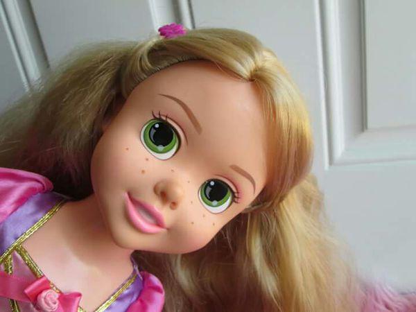 Disney Rapunzel musical light doll
