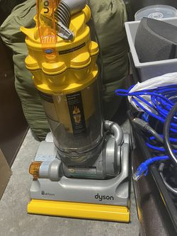 Dyson All Floor Vacuum for Sale in Snohomish,  WA