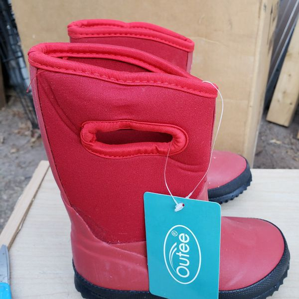 NEW KIDS Boots Size 9-10