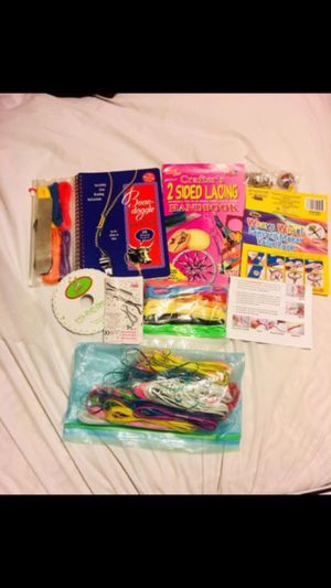 Great gift 🎁 Lanyard lacing maker kit with a lot more included hoods guides book great gift 🎁 for Sale in New Port Richey, FL
