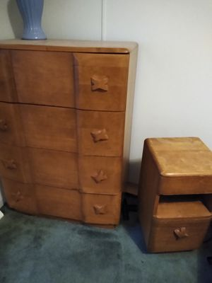Antique bedroom furniture for double bed. 6 pieces of furniture for Sale in Middletown, PA