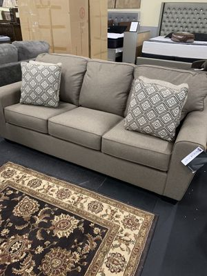 Sofa on Clearance ( small defect) ON CLEARANCE for Sale in Federal Way, WA