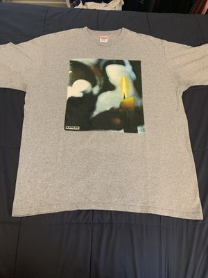 2 supreme t-shirts size large. Worn a couple of times for Sale in Oak Lawn, IL