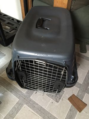 Medium dog Kennel for Sale in Fort Meade, MD