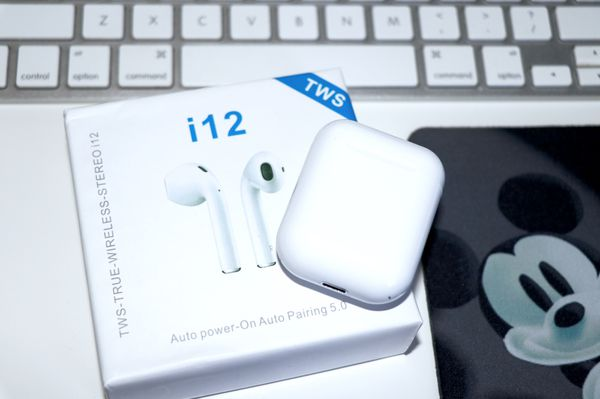 2020 AirPods Style