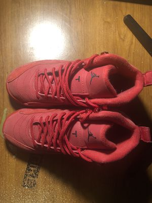jordan 12 gym red (size 4) for Sale in Elmira, NY