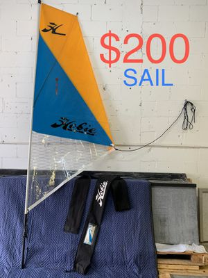 HOBIE SAIL ( LIKE NEW - EXCELLENT CONDITION ) for Sale in Tamarac, FL