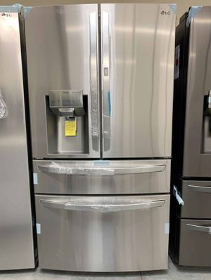 LG Fridge 29.5 cu.ft. Smart French 4-Door, Door-In-Door Full Convert with Craft Ice Same day or next day delivery available for Sale in Whittier, CA