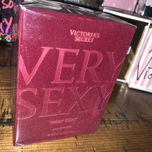 Victoria Secret Very Sexy Perfume Gift 1.7 Oz (Hablo Español ) Other Perfumes And Items Available for Sale in Rialto, CA
