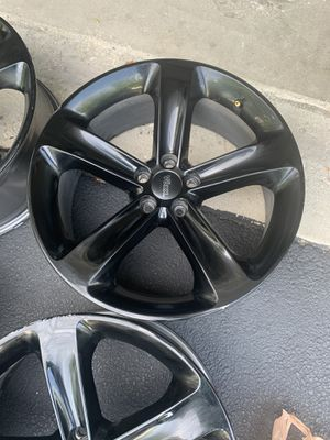 Dodge Challenger R/T rims for Sale in Arlington Heights, IL