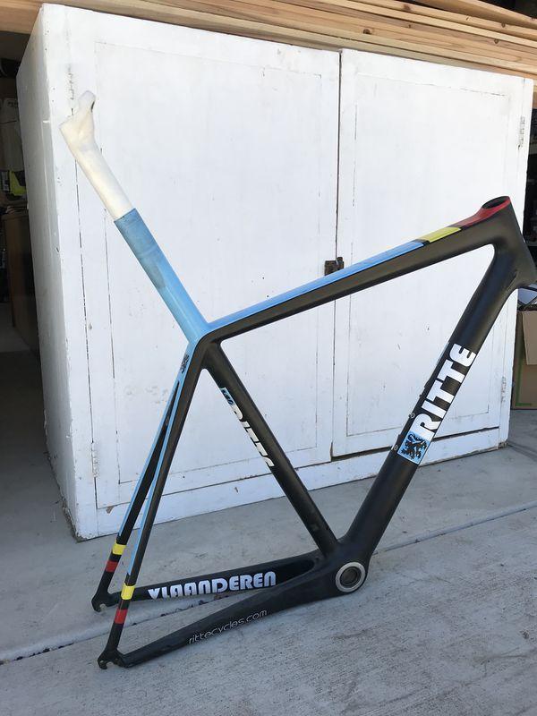 Ritte Vlanderen carbon fiber frame
