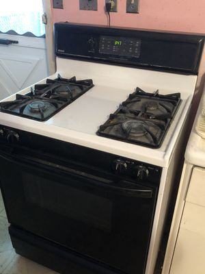 Gas range for Sale in North Ridgeville, OH