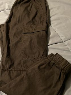 H& M Black Cardigan Pants Size 8-9 Unisex for Sale in San Bernardino,  CA