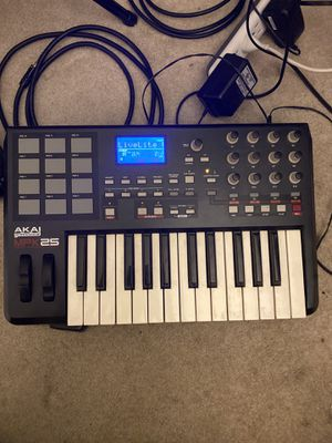 Akai MPK 25 Midi Controller for Sale in Riverside, CA