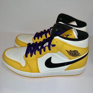 c1914866866e2d AJ1 mid Lakers DS size 10.5 never worn. . Got receipt for Sale in Arlington
