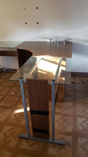 Desk for Sale in El Monte, CA