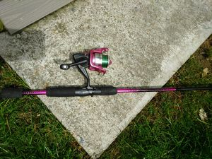 Shakespeare Reverb Fishing Rod & Reel for Sale in Franklin, MA