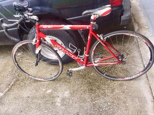 Giant DCR 3 road compact bike and racing bike (Size: Large) for Sale in Orlando, FL
