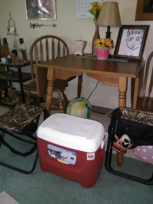 Fishing chairs & cooler for Sale in Washington, PA