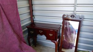 Side table with matching mirror for Sale in Kingsburg, CA
