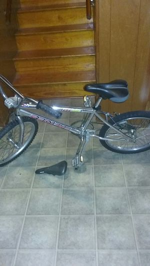 RL Redline 440 Bike with original seat for Sale in Roanoke, VA