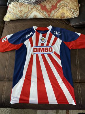 Chivas jersey in good condition with Sergio Santana name and number size is large for Sale in Perris, CA