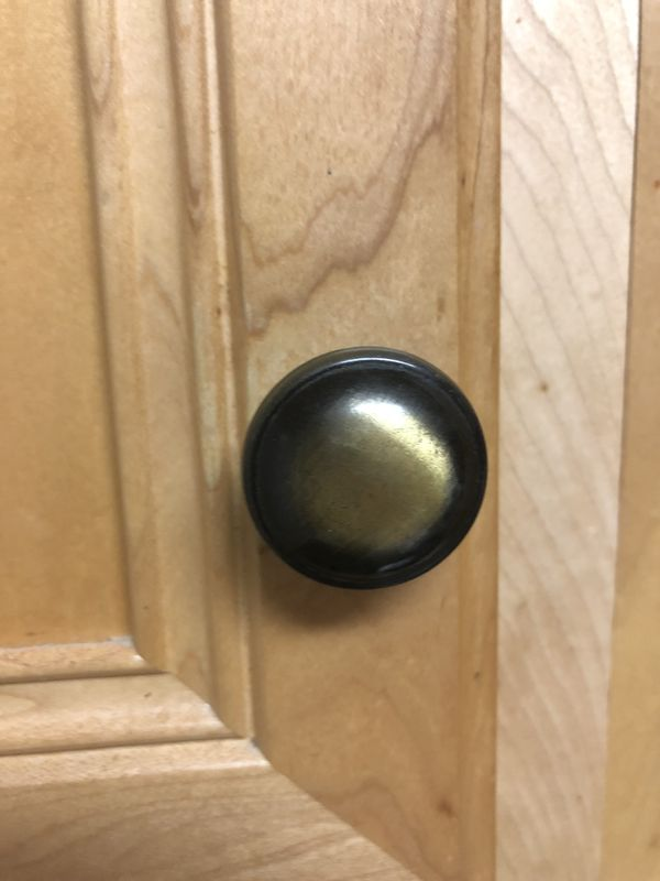 Kitchen cupboard knobs (27)