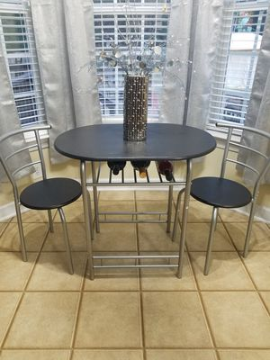 Brand New-Never Used!!Giantex -3pcs bristo dinning set for Sale in Willow Spring, NC