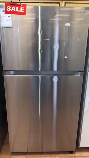 FIRST COME!!CONTACT TODAY! Refrigerator Fridge Samsung 33 in. Wide #1477 for Sale in Silver Spring, MD