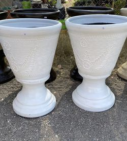 """LARGE CLAY PLANTERS (28""""x19"""") PRICE FOR EACH for Sale in Anaheim,  CA"""