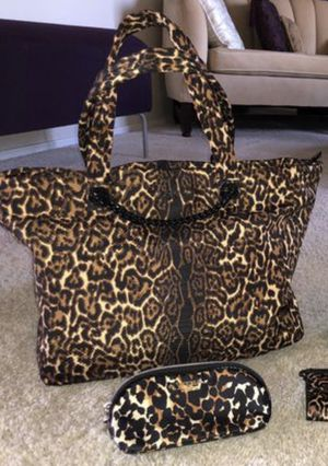 Victoria Secret Large Cheetah Print Tote and smaller bag for Sale in Avondale, AZ