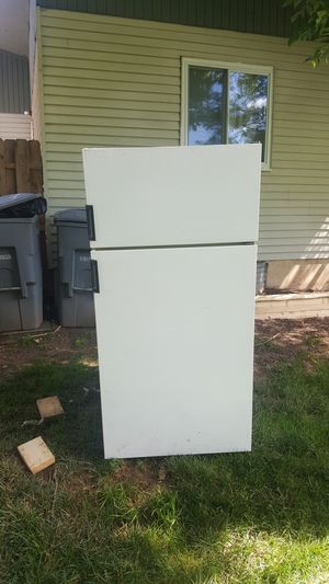 refrigerator for Sale in Germantown, MD