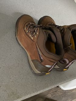 CAT Steel Toed Boots Size 9 for Sale in Gresham,  OR