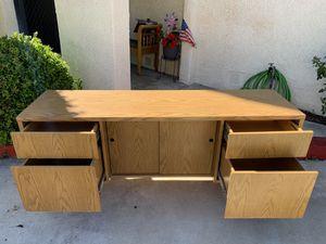 Huge desk for Sale in Covina, CA