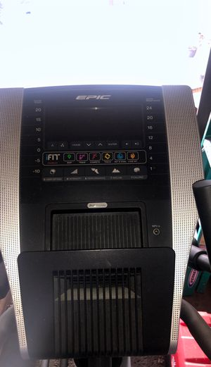 Epic elliptical exercise machine for Sale in Romulus, MI