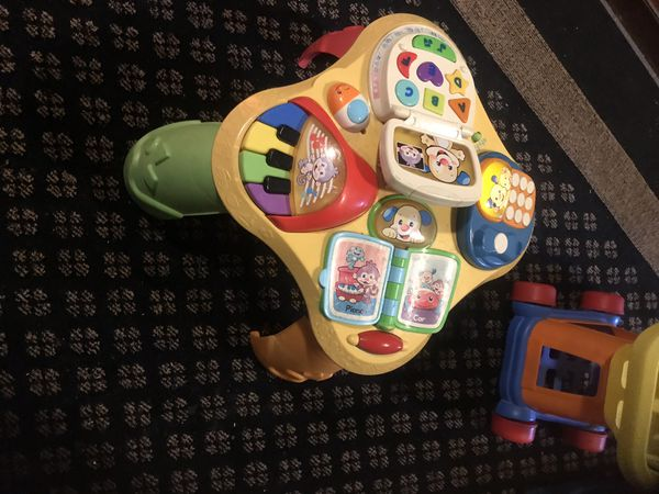 Fisher price table toy good working
