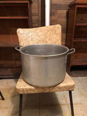 Sterilizing Pot For Canning Jars for Sale in Sauk Village, IL