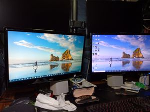Two monitors sold separately or together for Sale in Barberton, OH