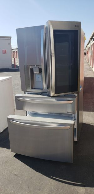 Refrigerador LG with InstaView for Sale in Los Angeles, CA