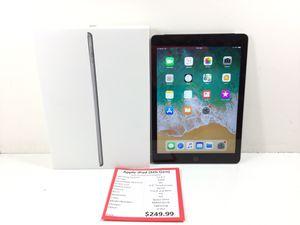 Apple iPad (6th Gen) 32GB Tablet for Sale in Kent, WA