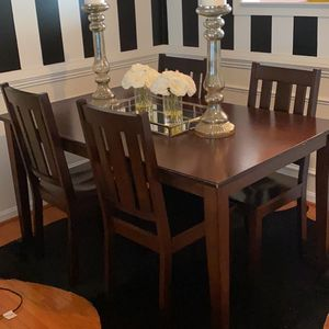 Dining Room Set for Sale in Brandywine, MD