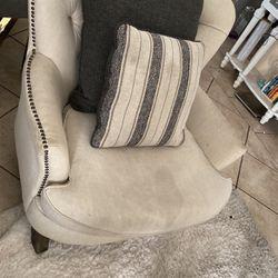 Sofa Chair for Sale in San Fernando,  CA