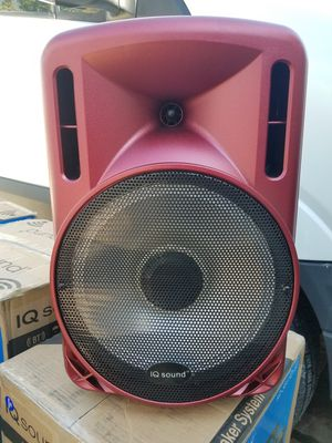 IQ sound 12 in speaker with lights red for Sale in Bellflower, CA