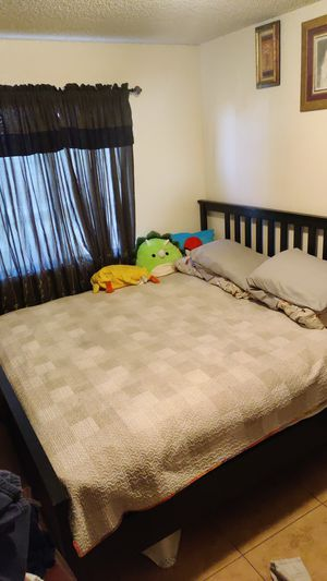 King size bed frame and matters for Sale in Bakersfield, CA