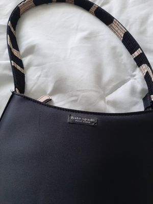 Black Kate spade handbag for Sale in Miami, FL
