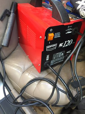 Century welder for Sale in Cleveland, OH