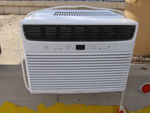 New fridgedaire 10,200btu AC unit $80 for Sale in Sheridan, CO